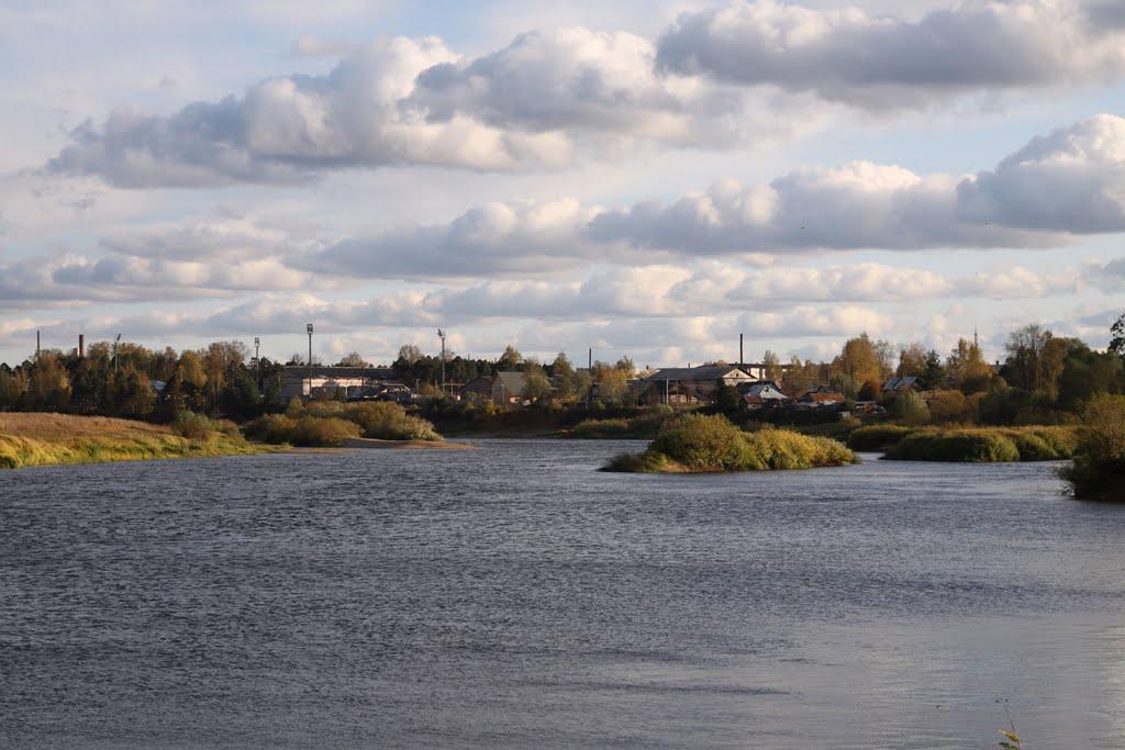 Панорама города Пестово